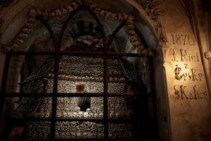 prag-kutna-hora-kemik-kilisesi